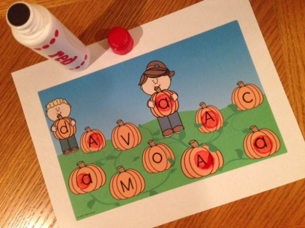 letter match pumpkin patch